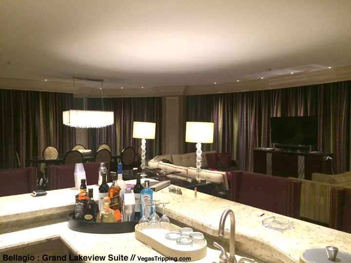 Bellagio Grand Lakeview Suite Review Bar