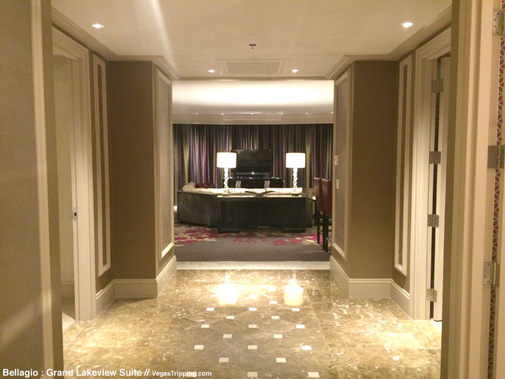 Bellagio Grand Lakeview Suite Review Entry