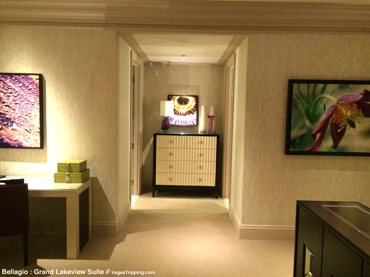 Bellagio Grand Lakeview Suite Review Hallway 1