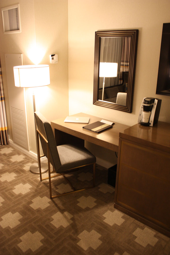 Caesars Palace Julius Tower Hotel Room Review Desk