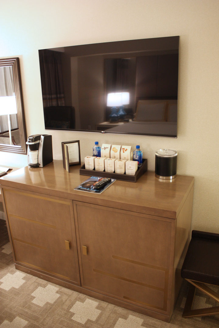 Caesars Palace Julius Tower Hotel Room Review Entertainment Tv