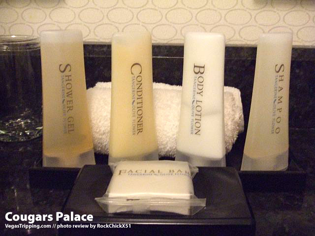 Caesars Rockchick Amenities