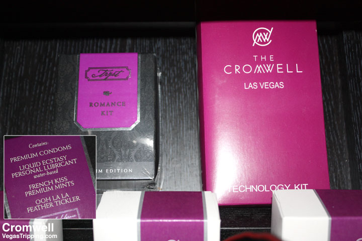 Cromwell Las Vegas Deluxe Room Review 2015 Kits