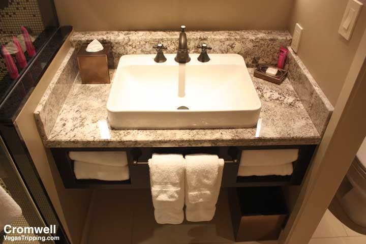 Cromwell Las Vegas Deluxe Room Review 2015 Sink