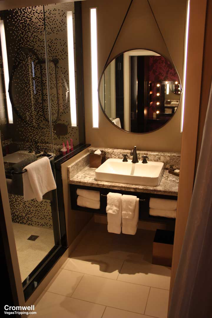 Cromwell Las Vegas Deluxe Room Review 2015 Sink2