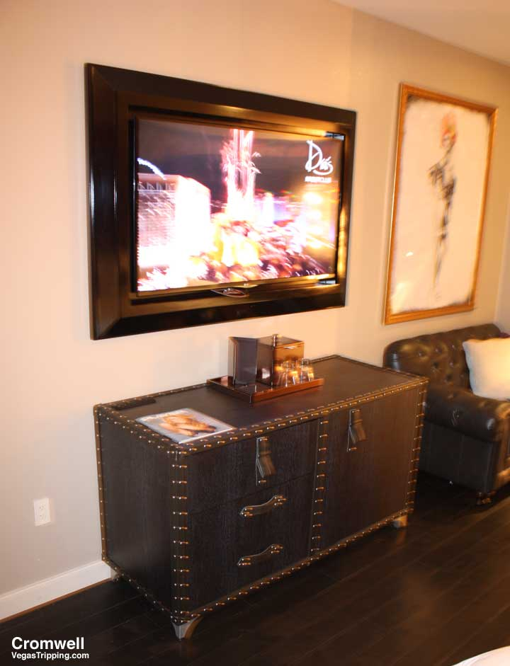 Cromwell Las Vegas Deluxe Room Review 2015 Tv