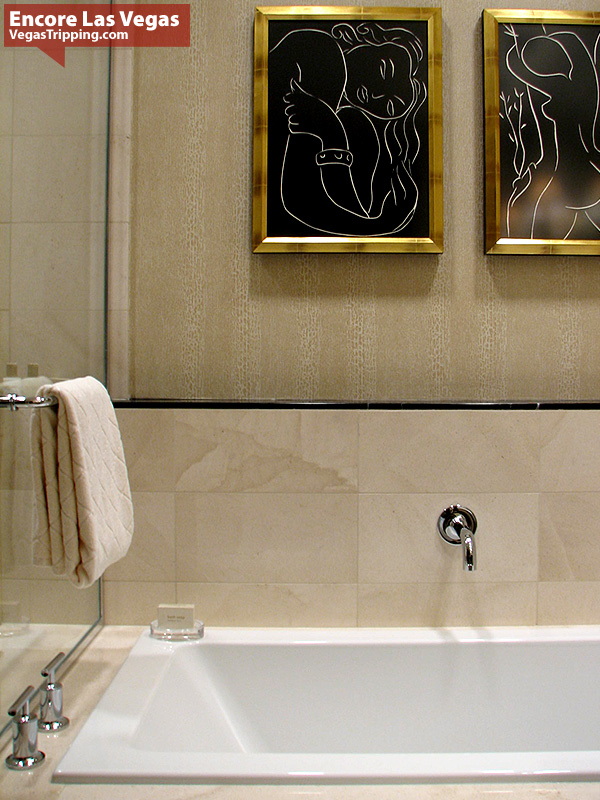 Encore Las Vegas Room Review Photos - Bath