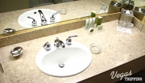 Mirage Las Vegas Hotel Review Bathroom