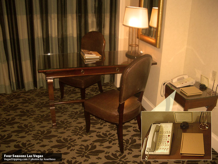 Four Seasons Las Vegas Review :  Desk