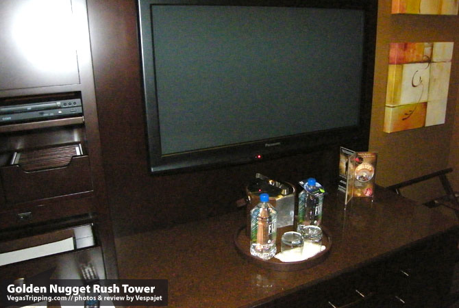 Golden Nugget Rush Tower Review  Tv