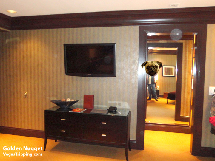 Goldennugget Spatower Bedroom Dresser