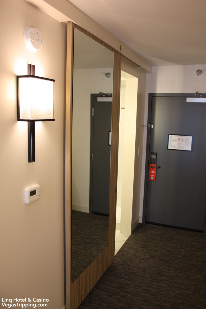 LINQ Hotel & Casino Room Review Barndoor