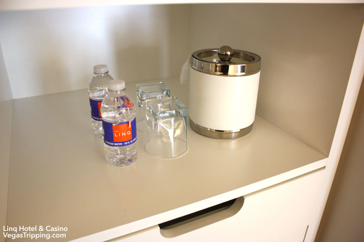 LINQ Hotel & Casino Room Review Closet Barware