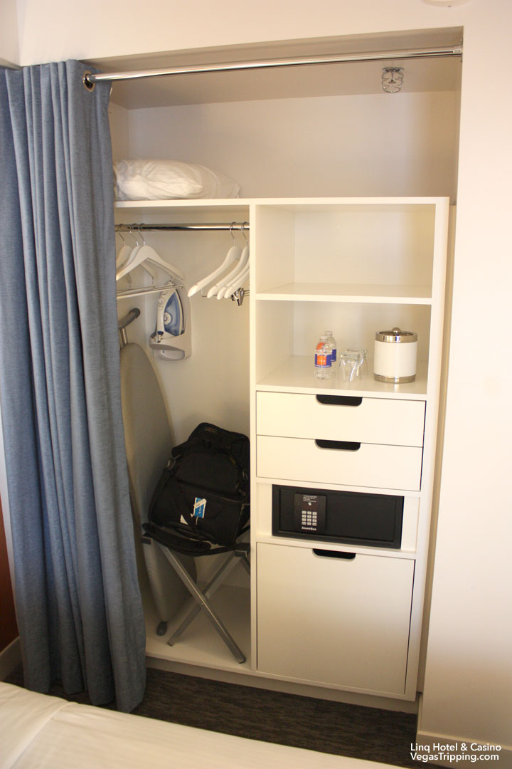LINQ Hotel & Casino Room Review Closet Full