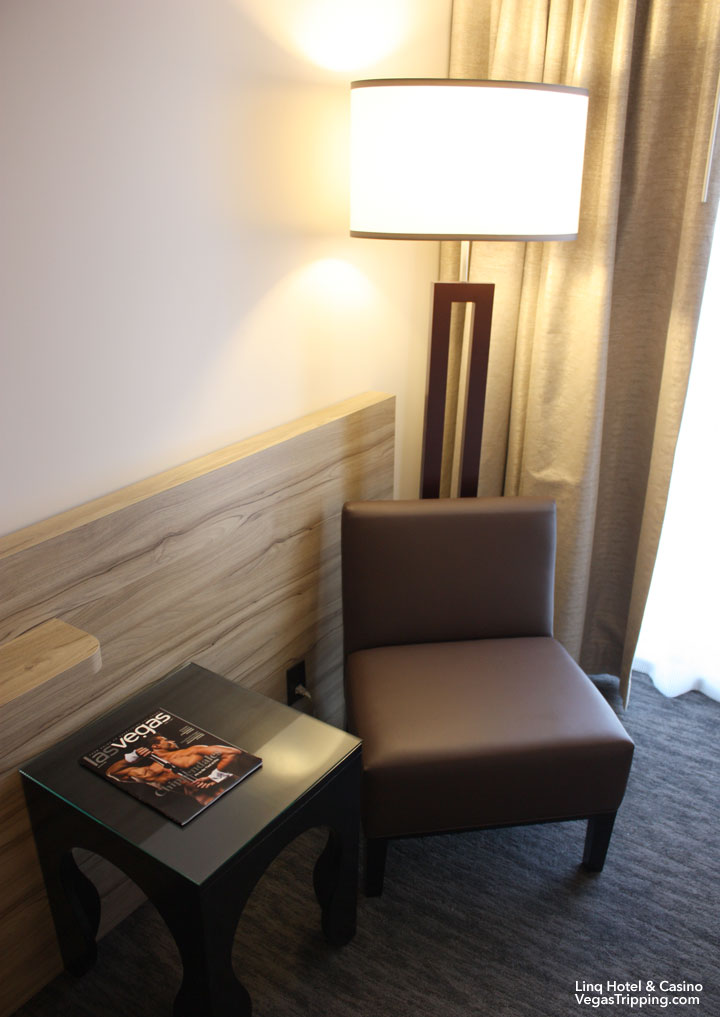 LINQ Hotel & Casino Room Review Lamp Chair