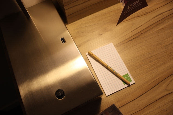 LINQ Hotel & Casino Room Review Notepad