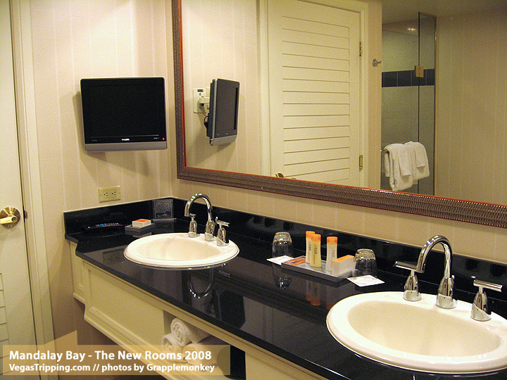 The New Rooms : Mandalay Bay - Sinks