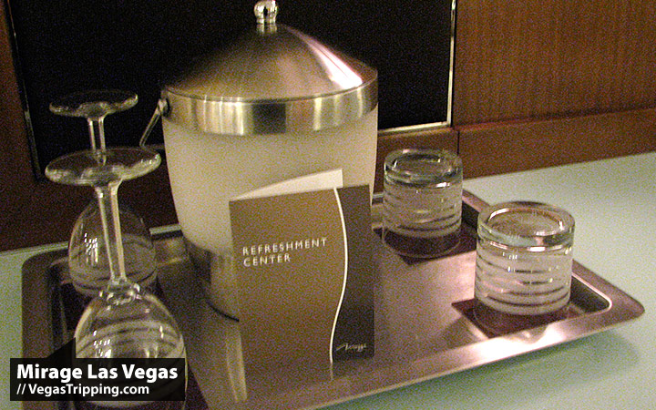Mirage Las Vegas : 2009 New Rooms Review -  Barware