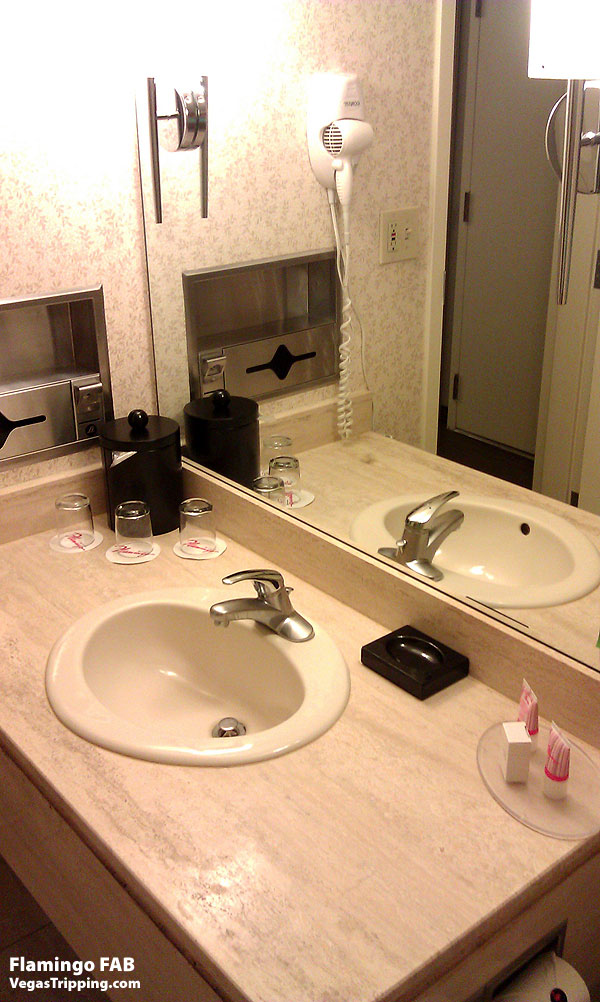 Flamingo Las Vegas FAB Rooms ReviewSinks