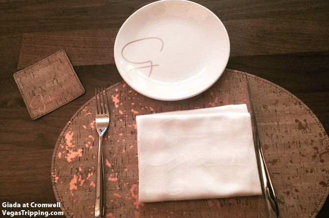 Giada Review Placesetting