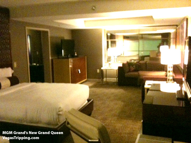 MGM Grand New Executive Queen Suite Photos