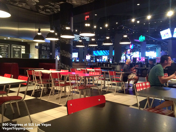 SLS Las Vegas 800 Degrees Pizza Review - Table