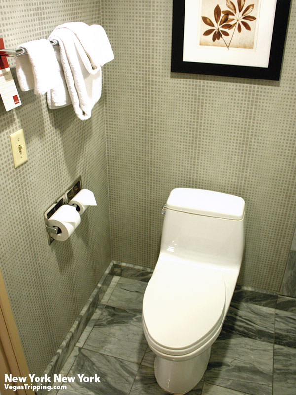 New York New York Park Avenue Room  Review Throne