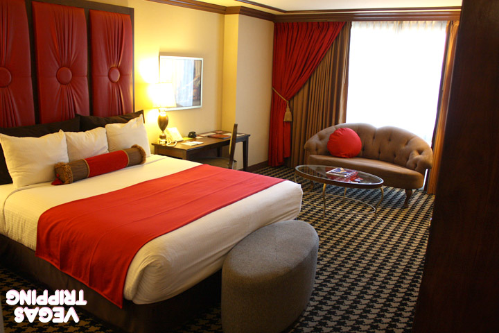 Paris Red Rooms Review 2014 Bedroom