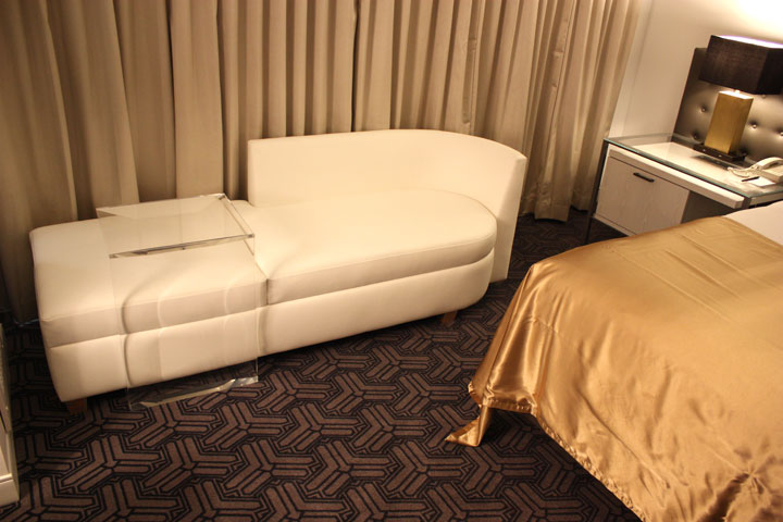 Planet Hollywood Ultra Hip Room Review Couch