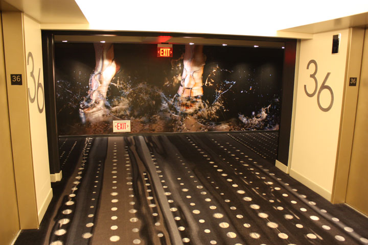 Planet Hollywood Ultra Hip Room Review Landing 2