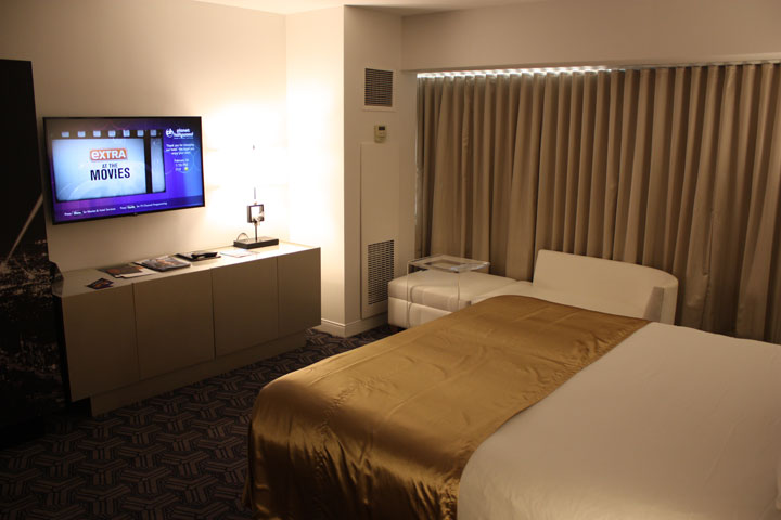 Planet Hollywood Ultra Hip Room Review Room Alt