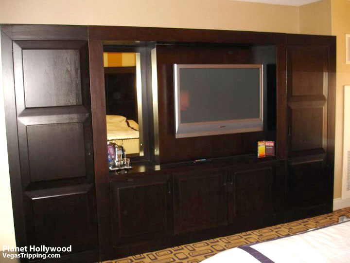 Planet Hollywood Las Vegas Review -  Armoire