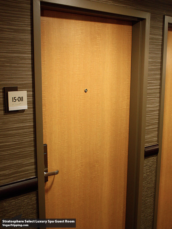 Stratosphere Select Door