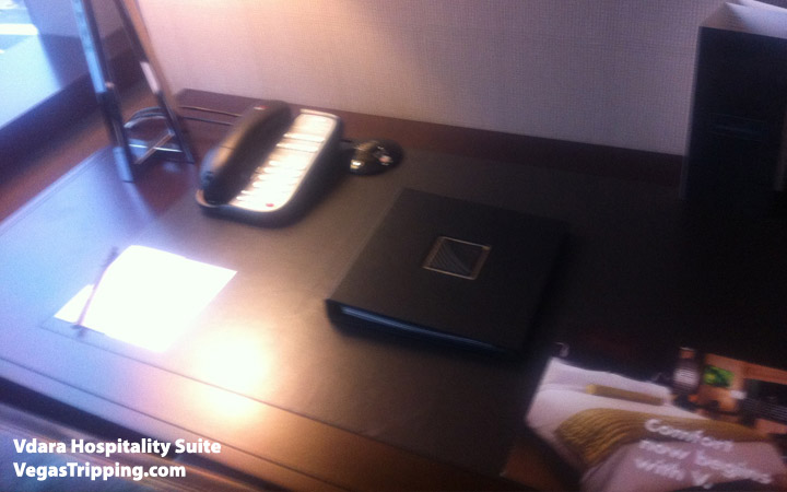 Vdara Hospitality Suite Review: Desk