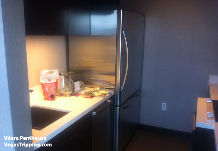 Vdara Penthouse Review Kitchenette